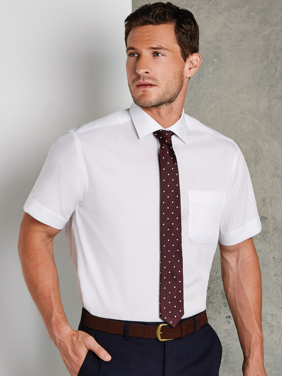 Classic Fit Non-Iron Short Sleeve Shirt